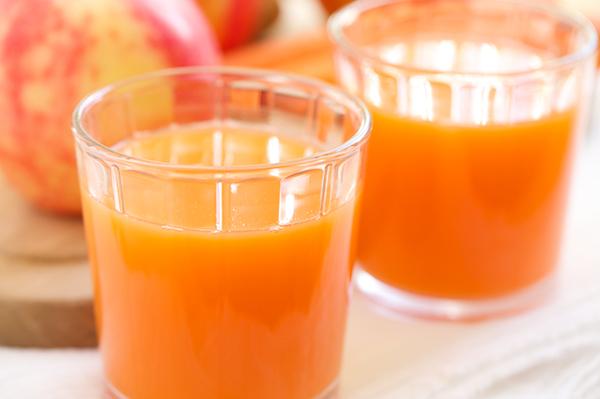 人参りんごジュースの驚くべき健康効果について!免疫力向上・強い抗酸化力・腸内環境を整える効果・アトピーにも効果がある!