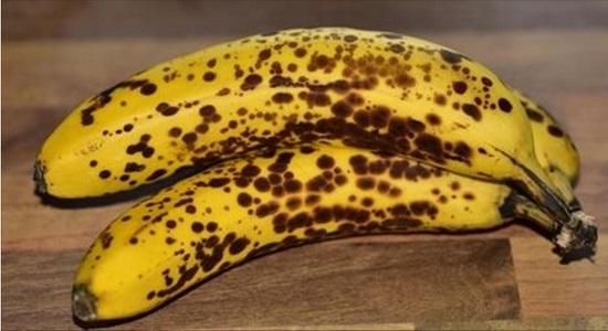 バナナの茶色い斑点シュガースポットを毎日2本食べて健康な体になる!バナナを食べて抗がん剤効果や高血圧や脳梗塞・動脈硬化の予防に!