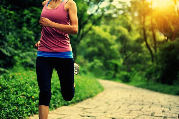 早朝のジョギングは要注意!なぜ早朝のジョギングは危険なのか?気をつけるポイントは?